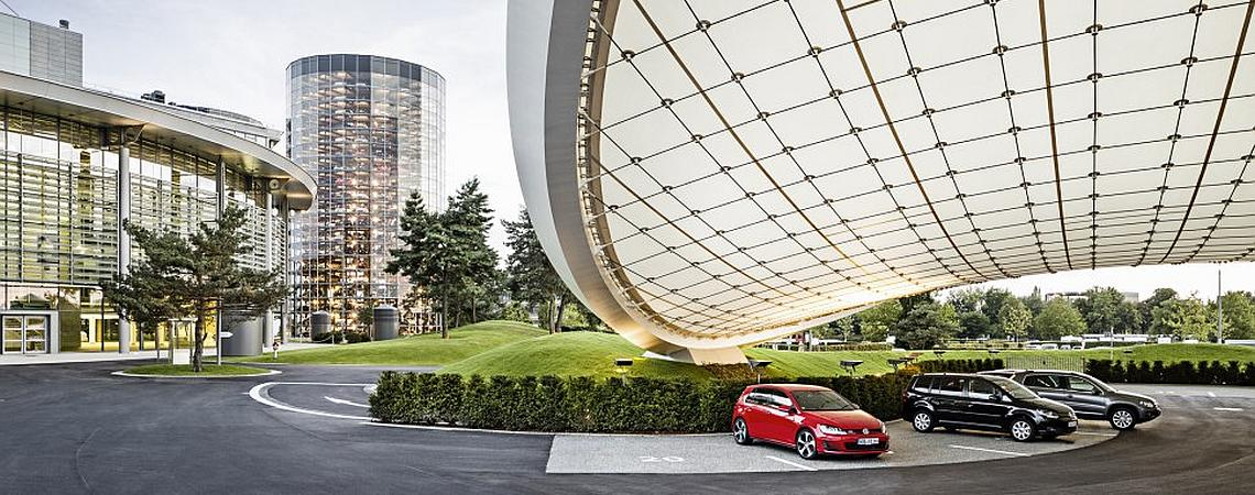 Autostadt Wolfsburg Einfahrt