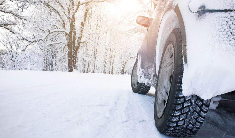 SUV Schnee klein