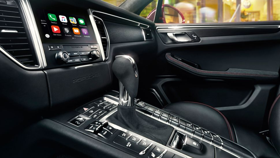 Porsche Apple CarPlay