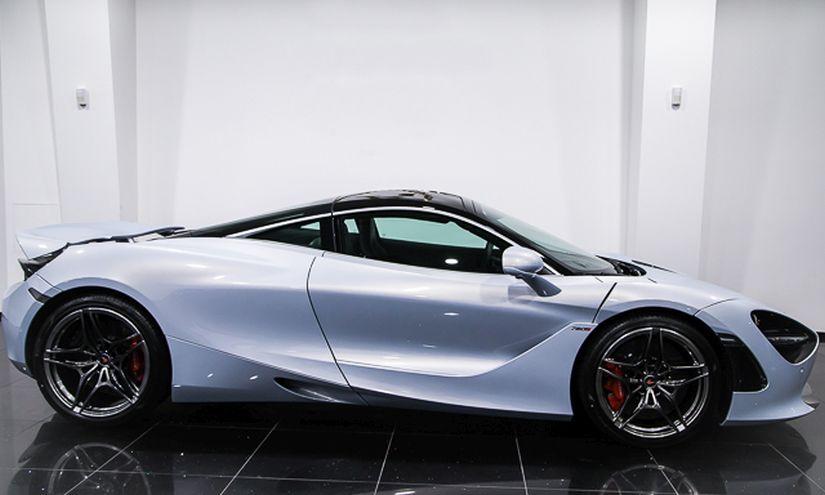 McLaren 720S Side