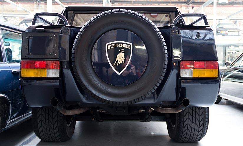 Lamborghini LM002 Heck