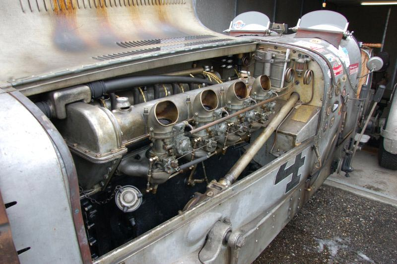 Stutz Race car motor