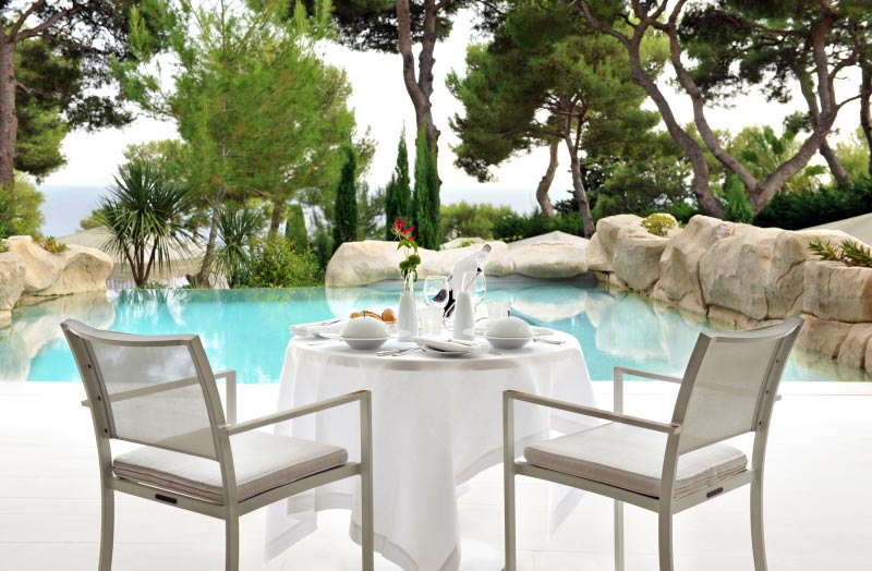 Grand-Hotel Du Cap-Ferrat Breakfast At Pool