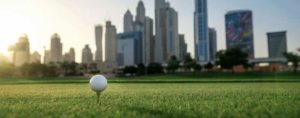 Golf vor Dubai Skyline Titel