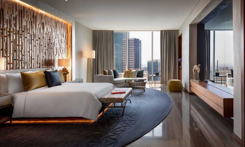 Renaissance Hotel VP Suite