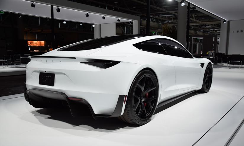 Tesla Roadster 3